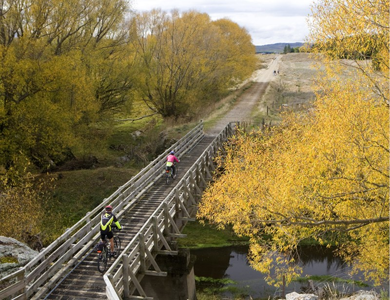Cycle the Otago Rail Trail with Adventure South NZ